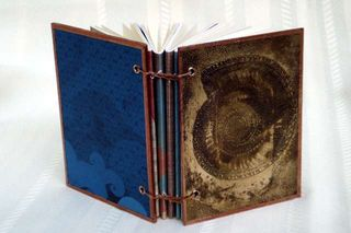 Metal Book Nautilus Large Web view