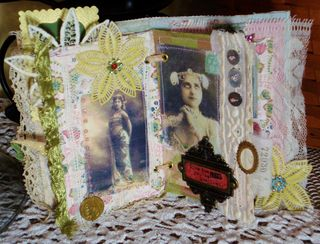 Lady Book Pgs 3-4 (1024x781)