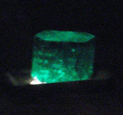 9 Giant Emerald Chunk