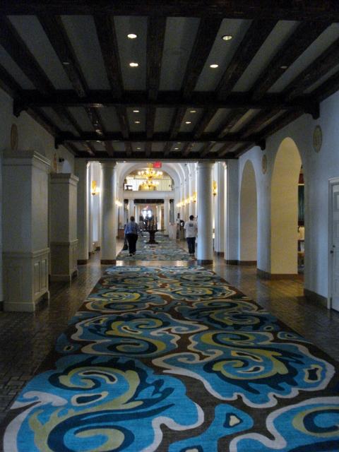 6 Lobby of The Vinoy